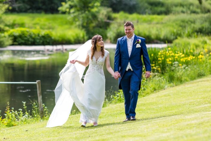Wedding Photo by the Lake at Middle Aston House Oxfordshire
